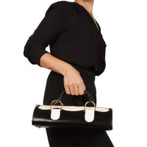 Two-tone baguette handbag with matching purse model